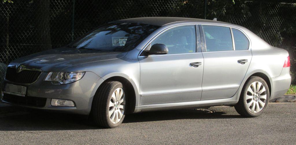 Příčníky Thule Škoda Superb II sedan 2008-2015